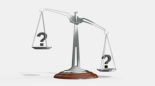 balance scale illustrating cost vs quality